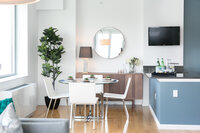 Online design Modern Dining Room by Lindsay B. thumbnail