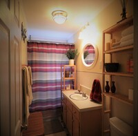 Online design Transitional Bathroom by Annika M. thumbnail
