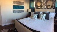 Online design Modern Bedroom by Catz D. thumbnail