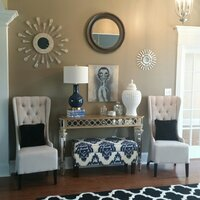 Online design Transitional Hallway/Entry by Catz D. thumbnail