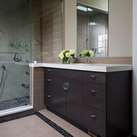 Online design Transitional Bathroom by Riddhi M. thumbnail