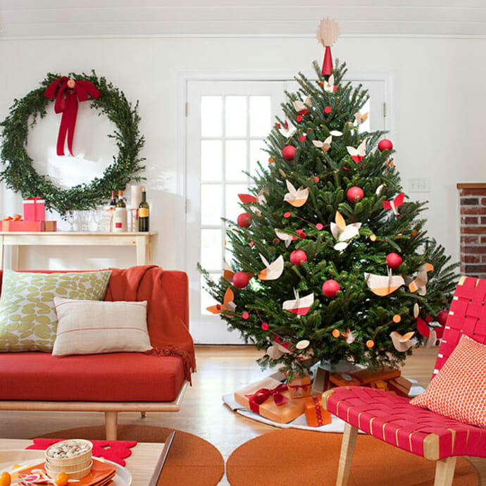 interior design xmas tree pink