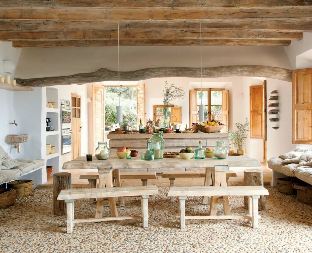 Rustic-dining-table-weathered-materials