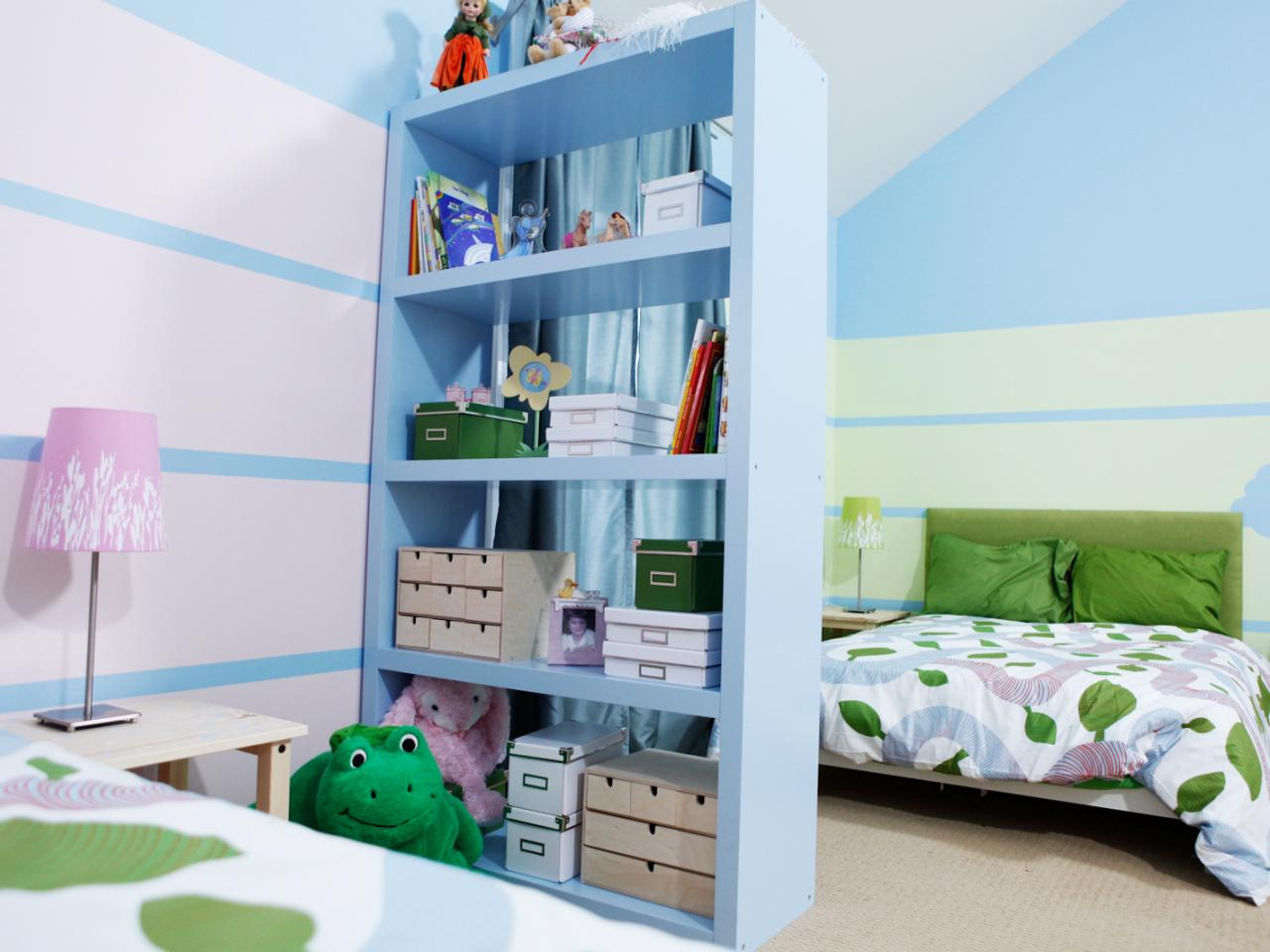 Kid Sized Design Shelving Bedroom Beauty S4x3 Jpg Rend Hgtvcom
