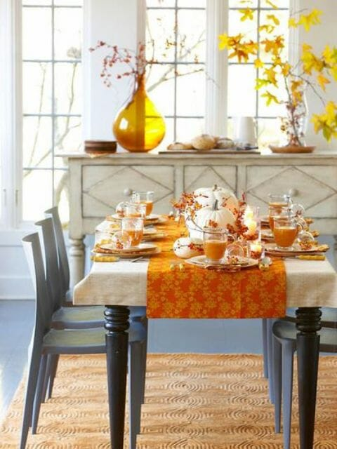 Ideas for easy thanksgiving decorating decorilla for Simple dining room decor ideas
