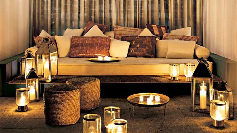 winter interior design candles