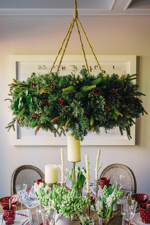 top christmas holida decorating ideas wreaths - How To Decorate A Chandelier For Christmas