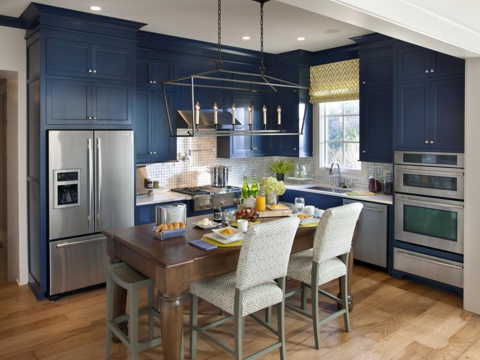 hgtv-kitchen-blue