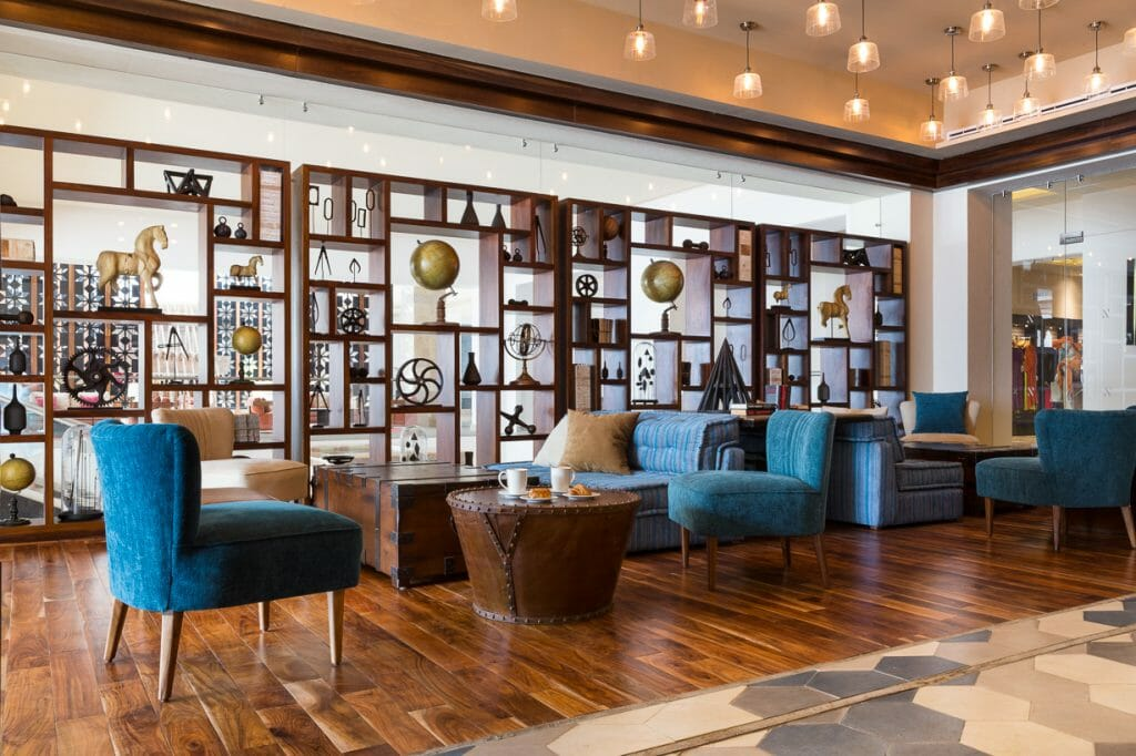 online-interior-designer collaboration project-hyatt