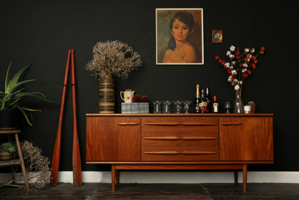 3 valentine 39 s day decorating ideas and tips decorilla Room with black walls