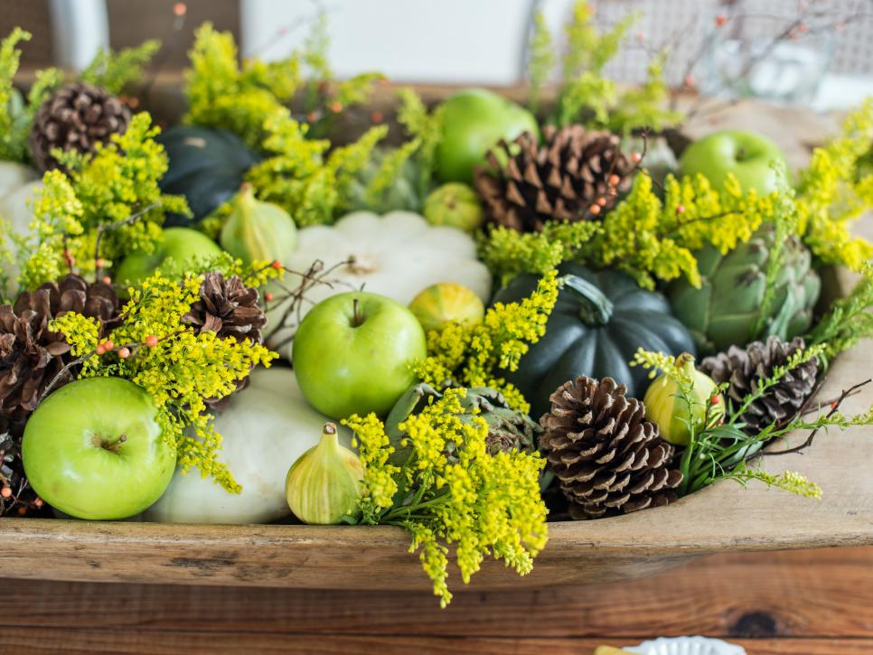 fall table decorations bowl with fruit