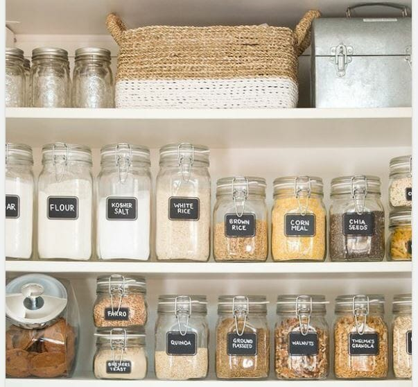 how to organize your home- pantry labels