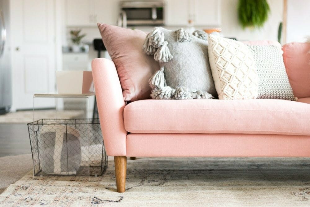 7 Ways To Incorporate Pink Home Decor - Decorilla