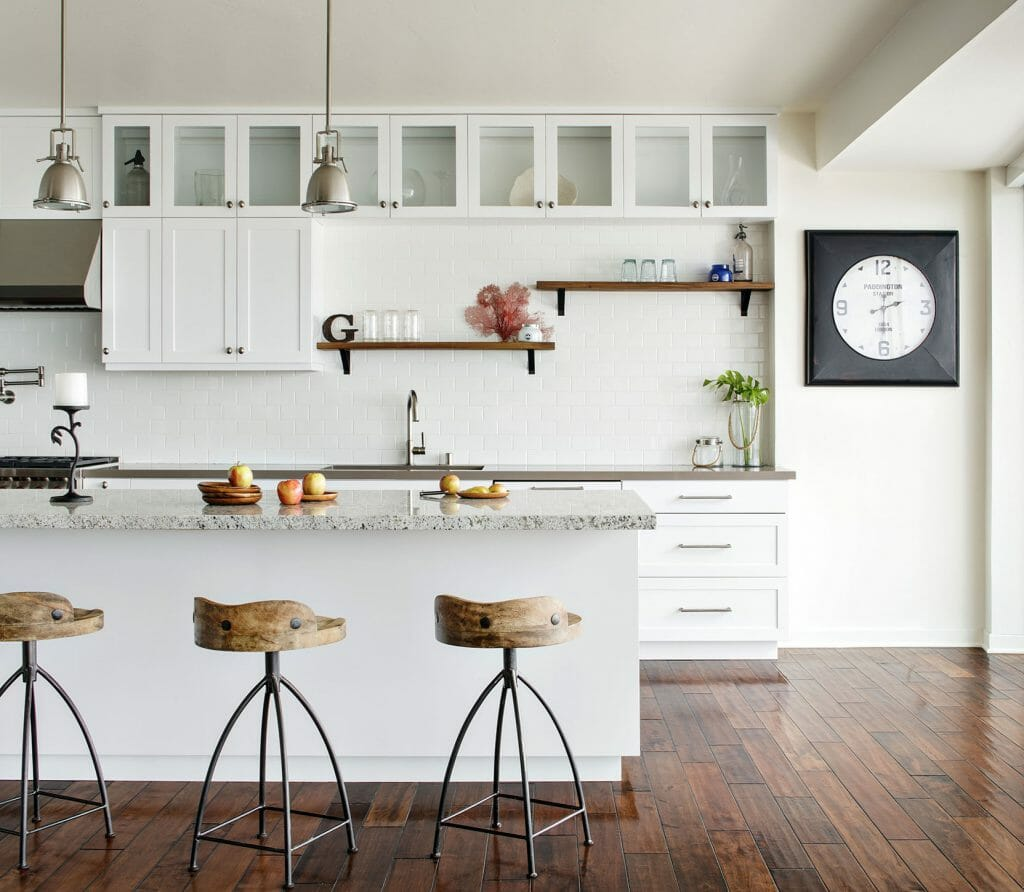 white kitchen open shelving