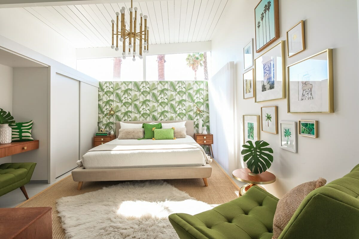 Eclectic interior design with green gallery wall