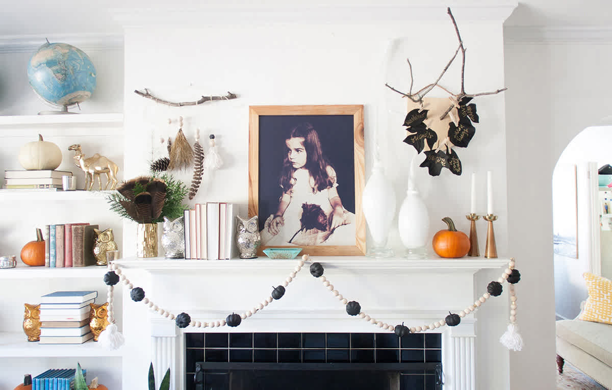 modern halloween decorations feature