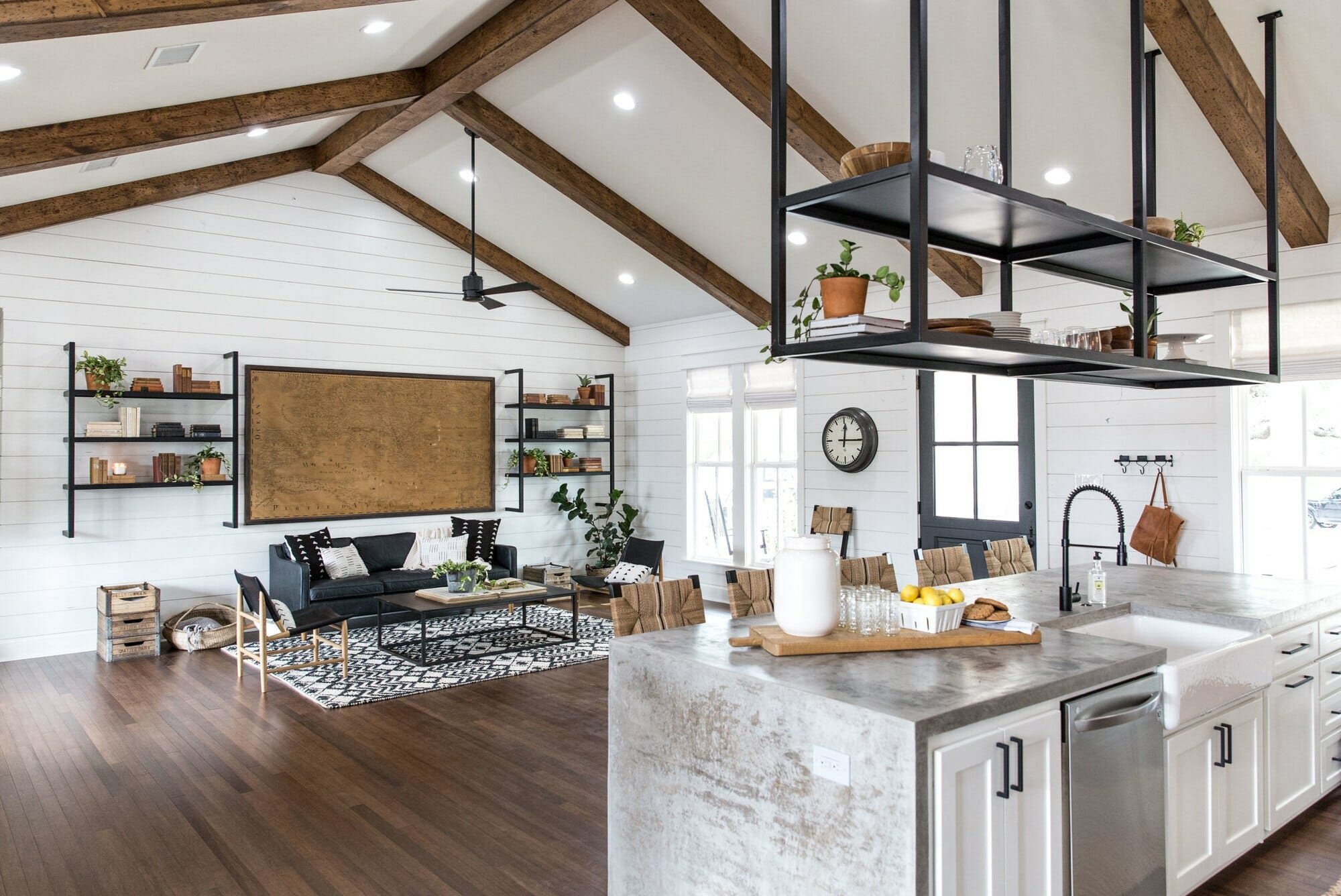 2019 home decor trends ceiling