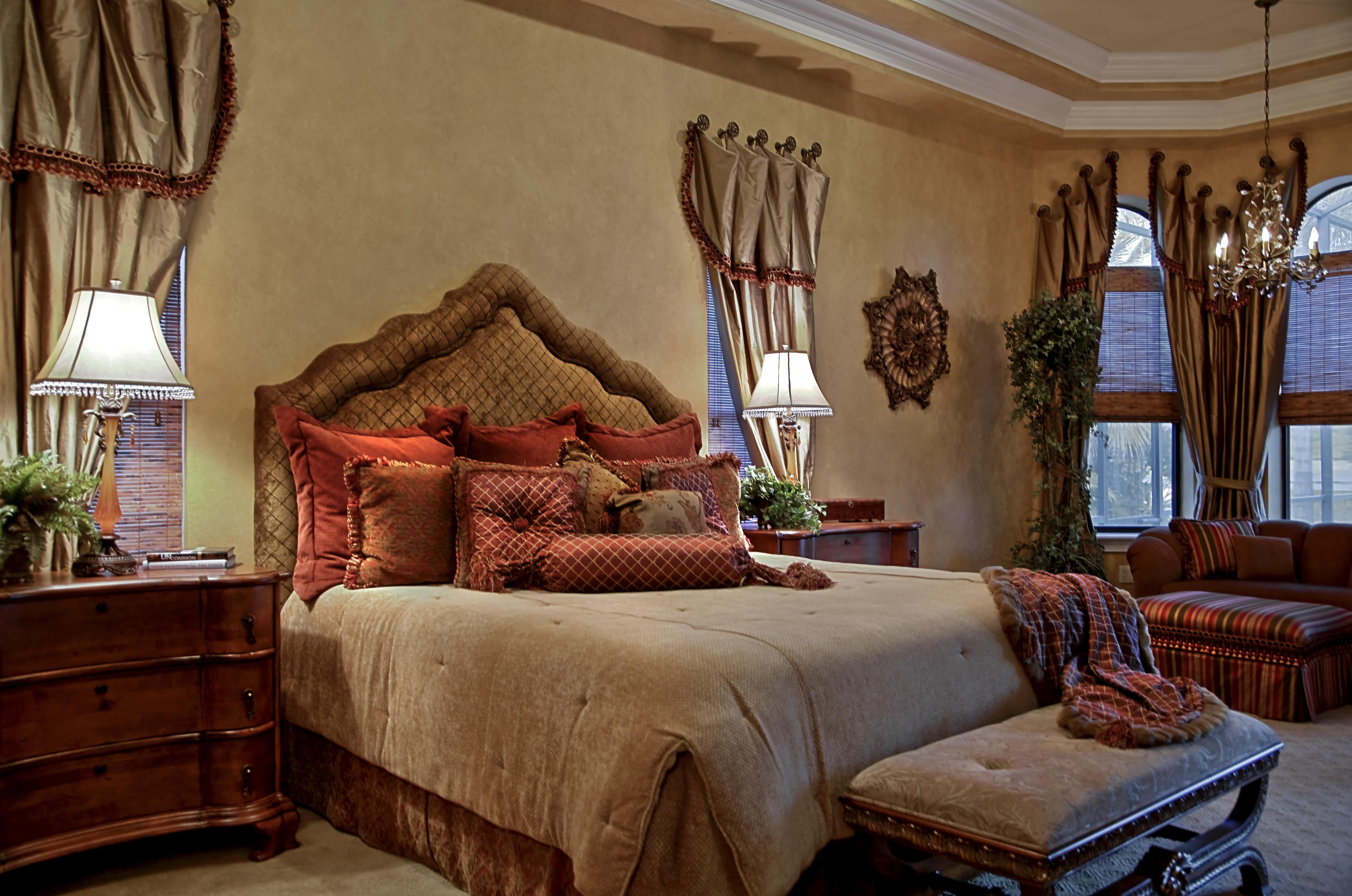 tampa-interior-decorators-old-world-charm-bedroom-terri-white