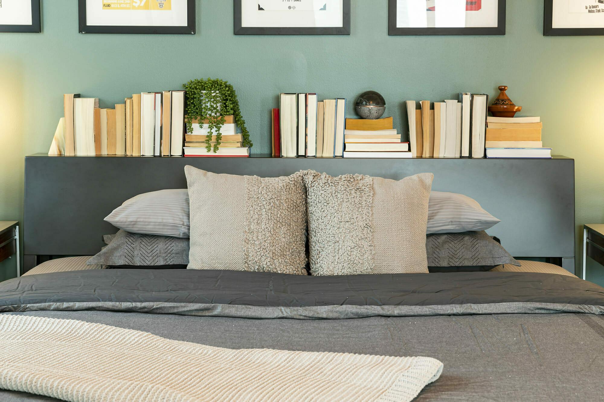 affordable-interior-decorator-decorilla-3d-rendering-bedroom-design