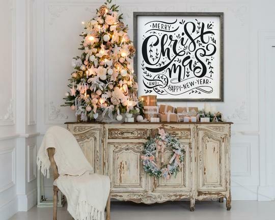 christmas decor trends 2019 oversized art