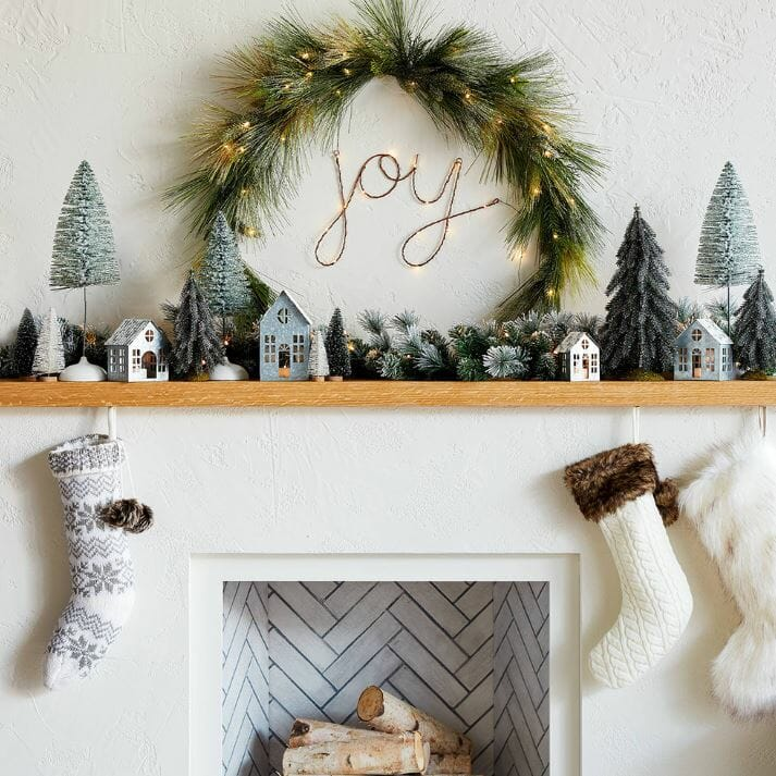 christmas decor trends 2019 twinkle lights