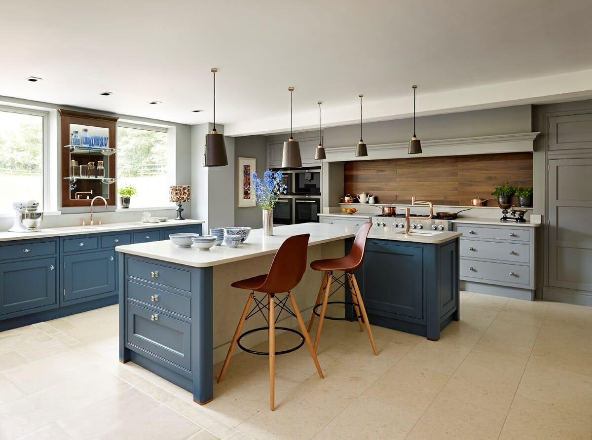 Wooden backsplash design by Decorilla designer Mary L