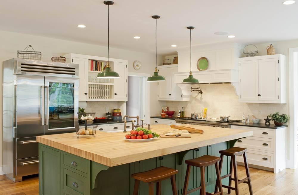 Green hues in modern farmhouse decor for kitchen