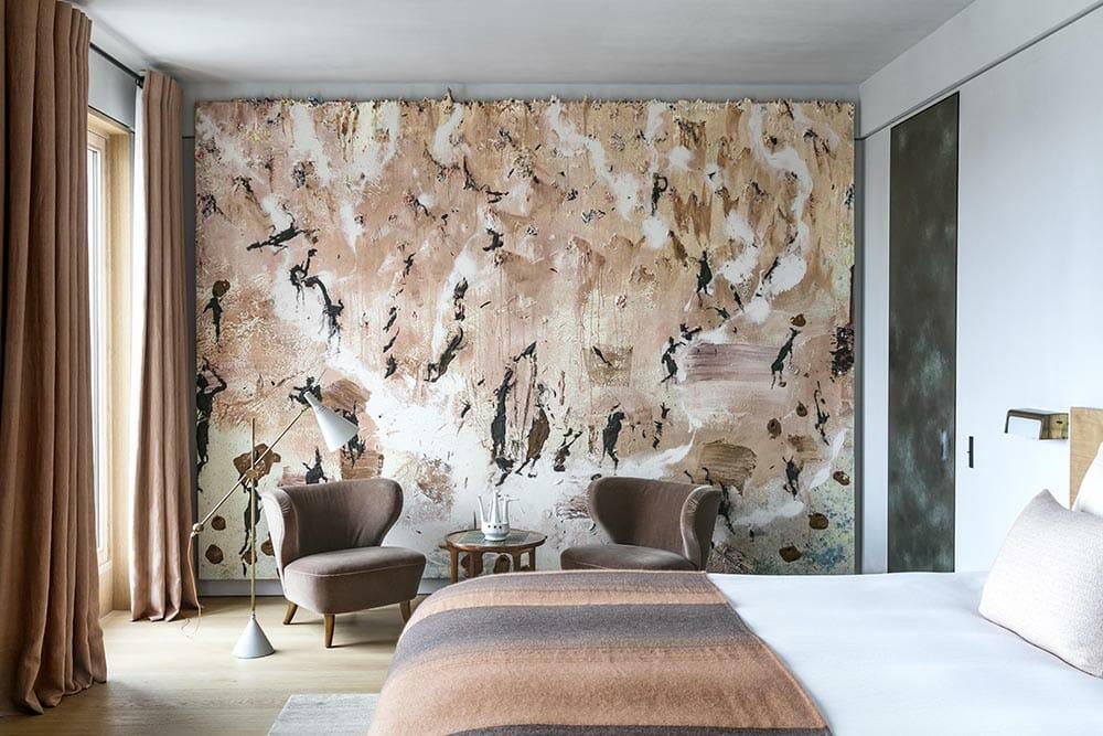 Online interior designer Courtney Broaden's inspiration - Pierre Yovanovitch