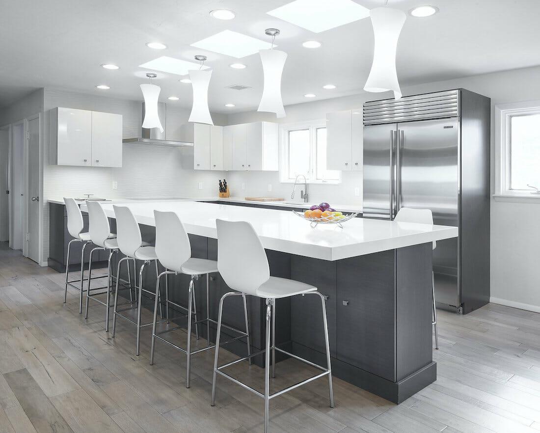 Minimal kitchen by okc interior decorator karen black
