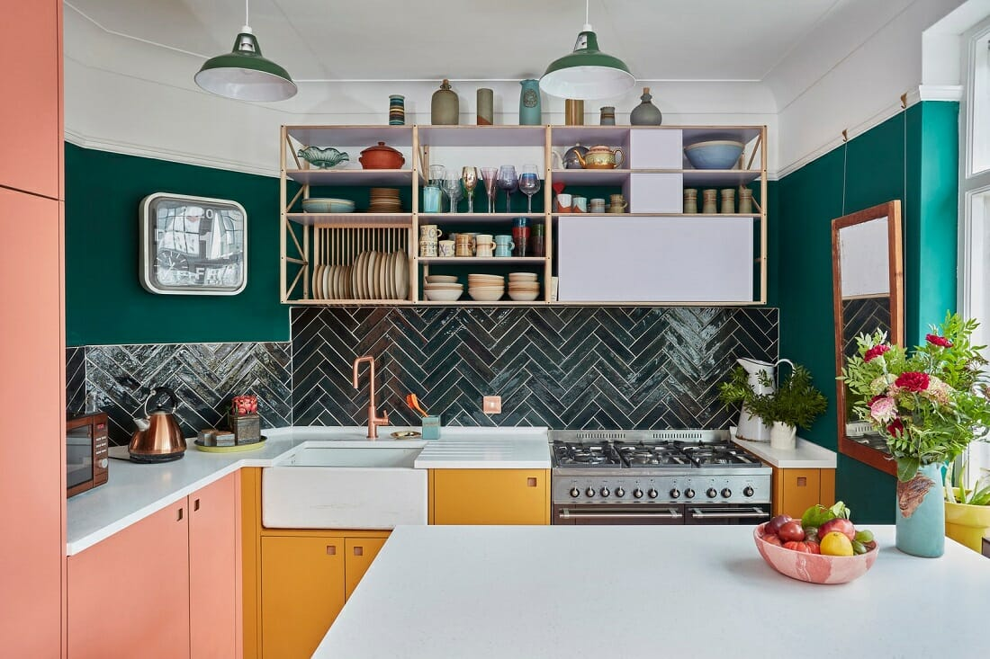 Bold kitchen cabinet colors - AD