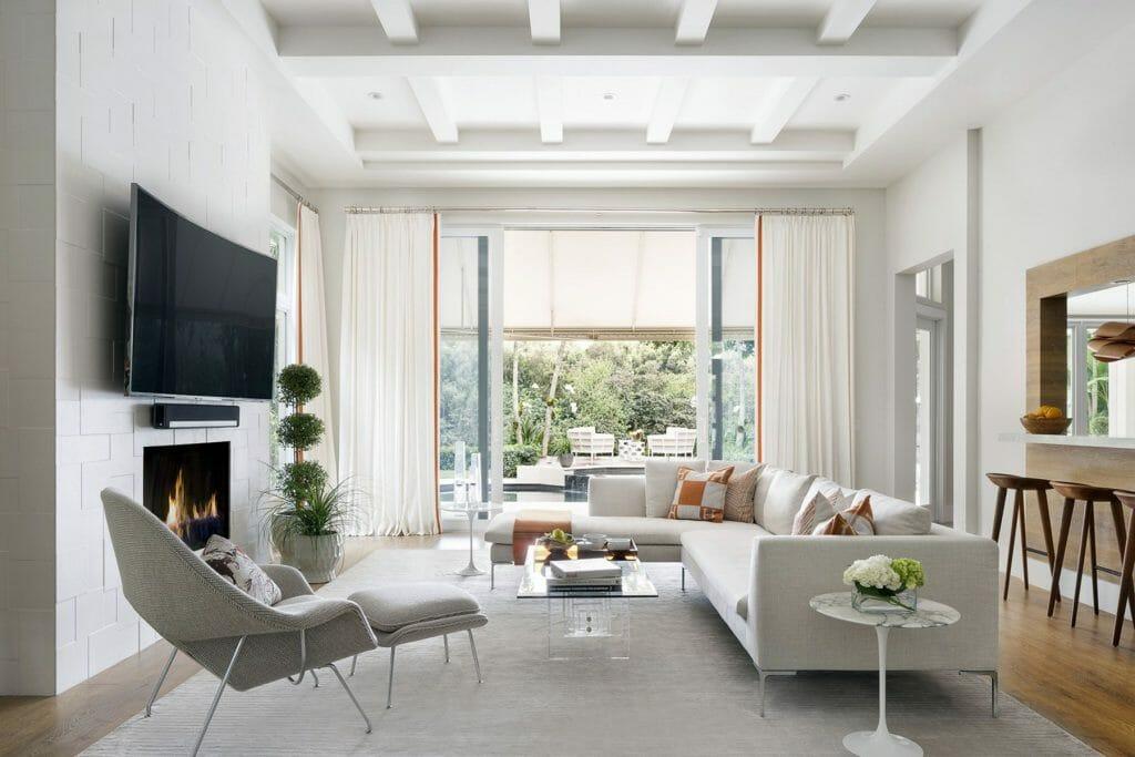 Modern high ceiling living room